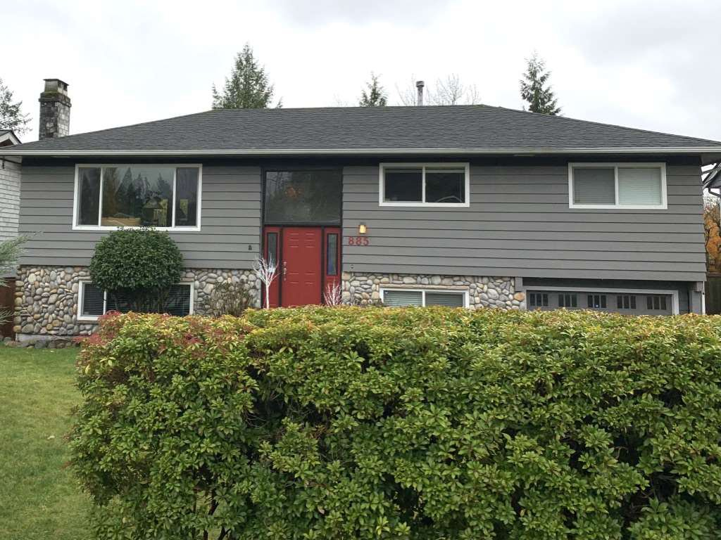 Main Photo: 885 E 16TH Street in North Vancouver: Boulevard House for sale : MLS®# R2518936