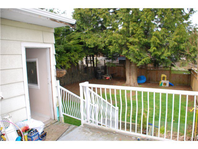 Photo 14: Photos: 343 HOSPITAL Street in New Westminster: Sapperton House for sale : MLS®# V989266
