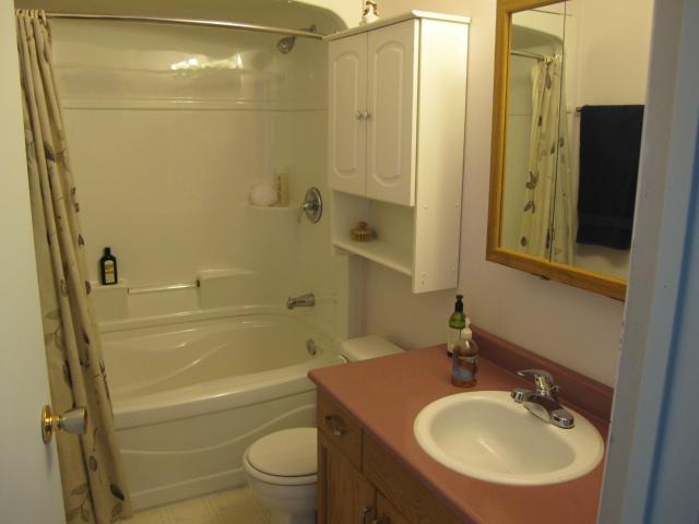 Photo 14: Photos:  in WINNIPEG: East Kildonan Residential for sale (North East Winnipeg)  : MLS®# 1305730