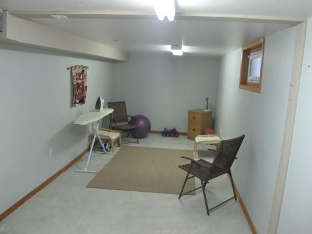 Photo 15: Photos:  in WINNIPEG: East Kildonan Residential for sale (North East Winnipeg)  : MLS®# 1305730