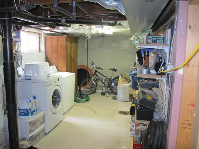 Photo 17: Photos:  in WINNIPEG: East Kildonan Residential for sale (North East Winnipeg)  : MLS®# 1305730