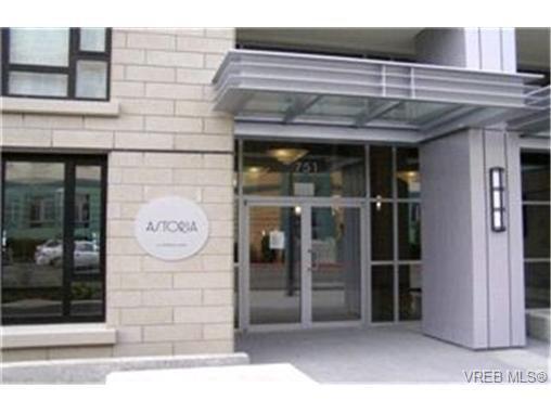 Main Photo:  in VICTORIA: Vi Downtown Condo for sale (Victoria)  : MLS®# 393211