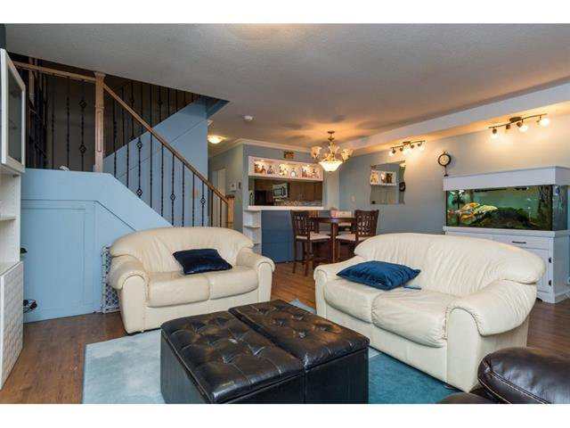Photo 6: Photos: 3 7551 140 Street in Surrey: East Newton Townhouse for sale : MLS®# R2307965