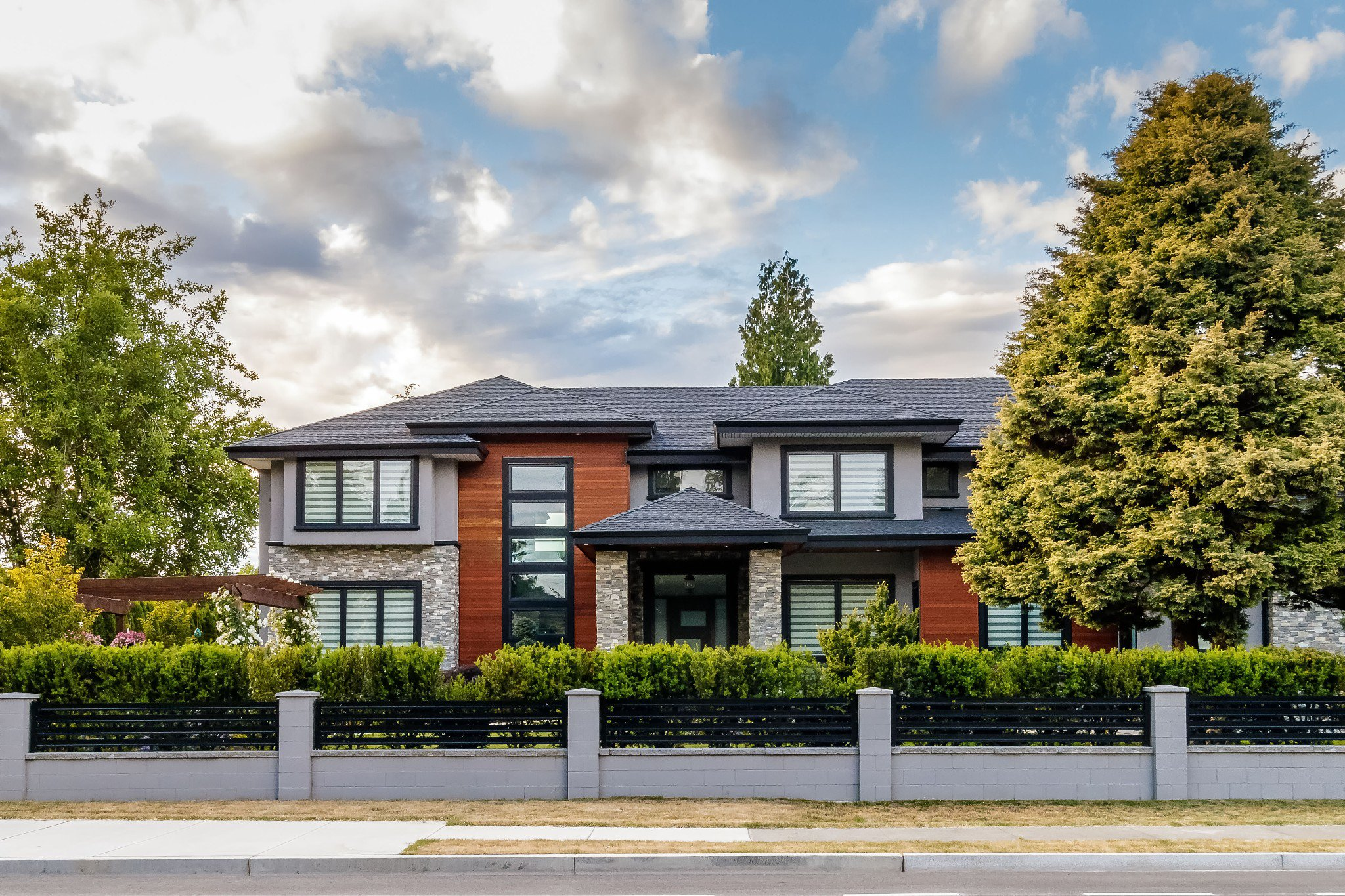 Main Photo:  in Surrey: Elgin Chantrell House for sale
