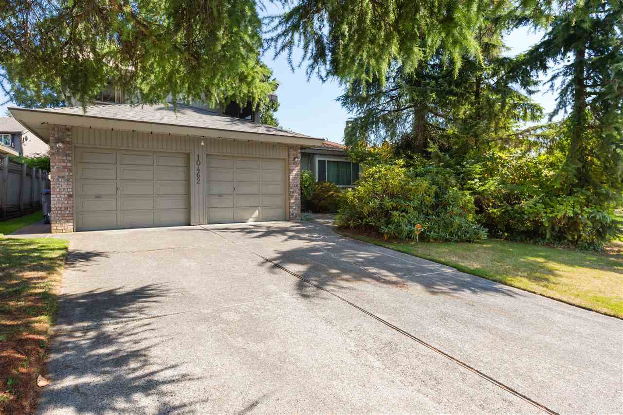 Main Photo: 10462 FRASERGLEN Drive in Surrey: Fraser Heights House for sale (North Surrey)  : MLS®# R2403672