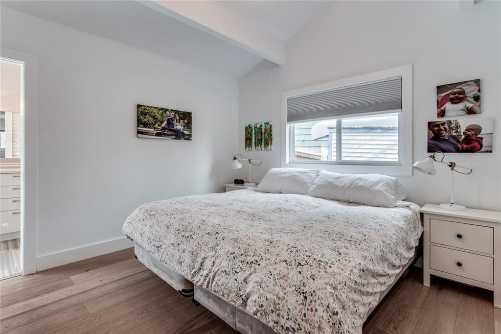 Photo 16: Photos: 2747 Chalice Road NW in Calgary: Charleswood Detached for sale : MLS®# A1043648