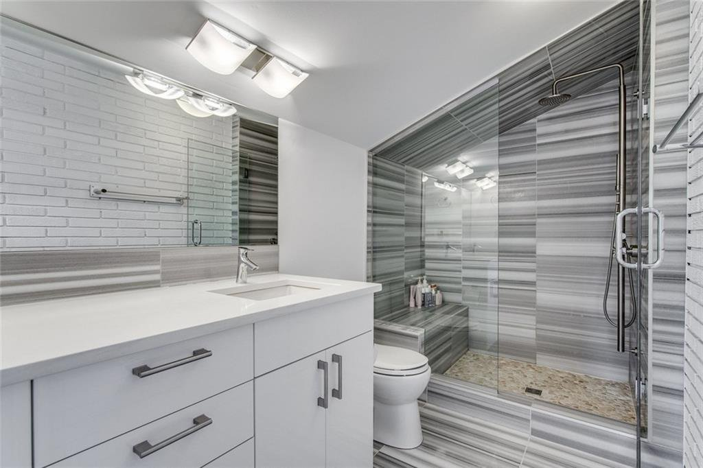 Photo 19: Photos: 2747 Chalice Road NW in Calgary: Charleswood Detached for sale : MLS®# A1043648
