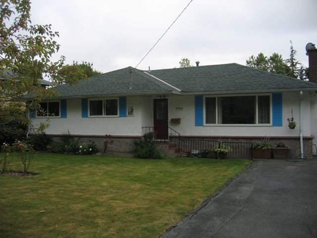 Main Photo: 3500 TRUMOND Avenue in Richmond: Seafair House for sale : MLS®# V973310