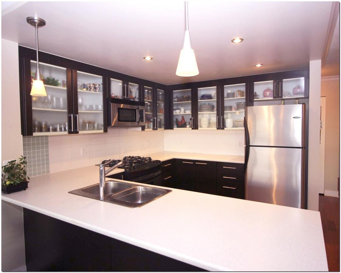 Photo 4: Photos: 302 121 W 16TH STREET in North Vancouver: Central Lonsdale Condo for sale : MLS®# R2035168