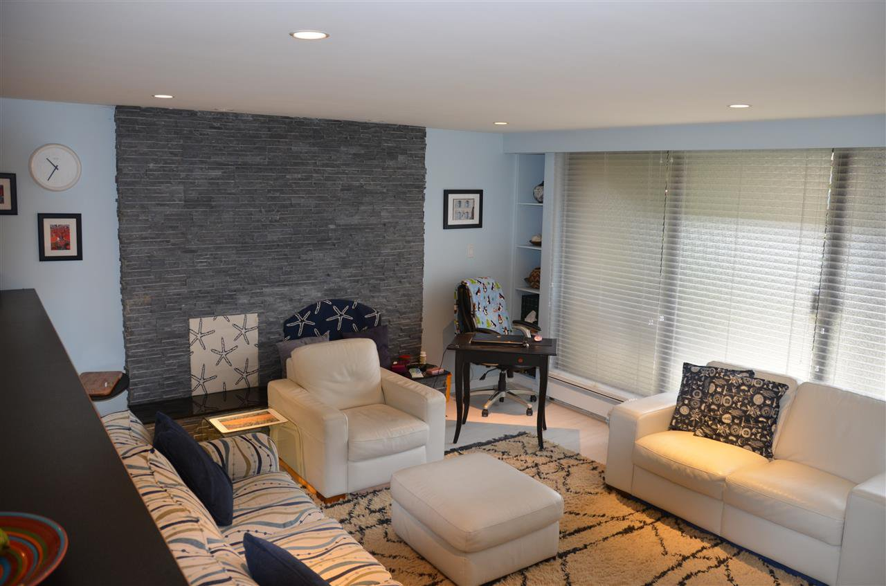 Photo 2: Photos: 101 141 W 13TH STREET in North Vancouver: Central Lonsdale Condo for sale : MLS®# R2045697