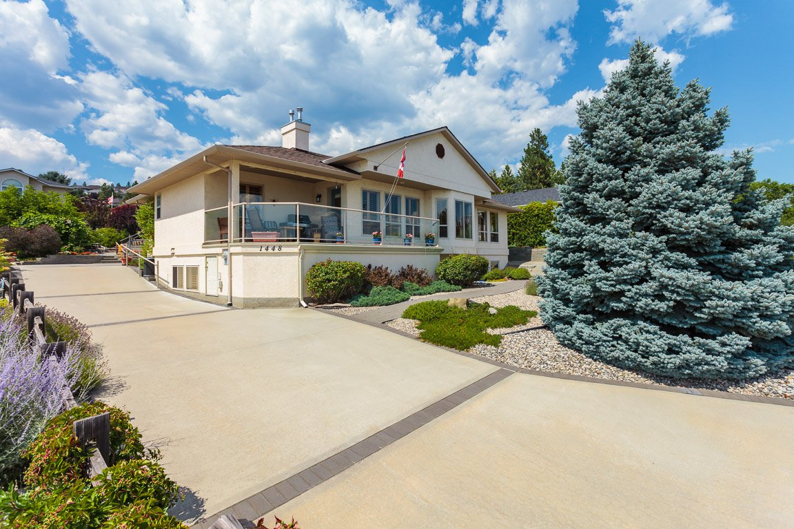 Main Photo: 1448 Rome Place in West Kelowna: Lakeview Heights House for sale : MLS®# 10164511