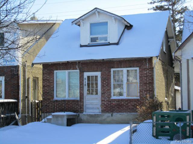 Main Photo: 818 Redwood: Residential for sale (4B)  : MLS®# 1504163