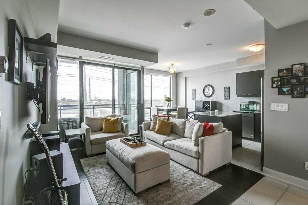 Main Photo: 408 2910 W Highway 7 in Vaughan: Concord Condo for lease : MLS®# N4547185