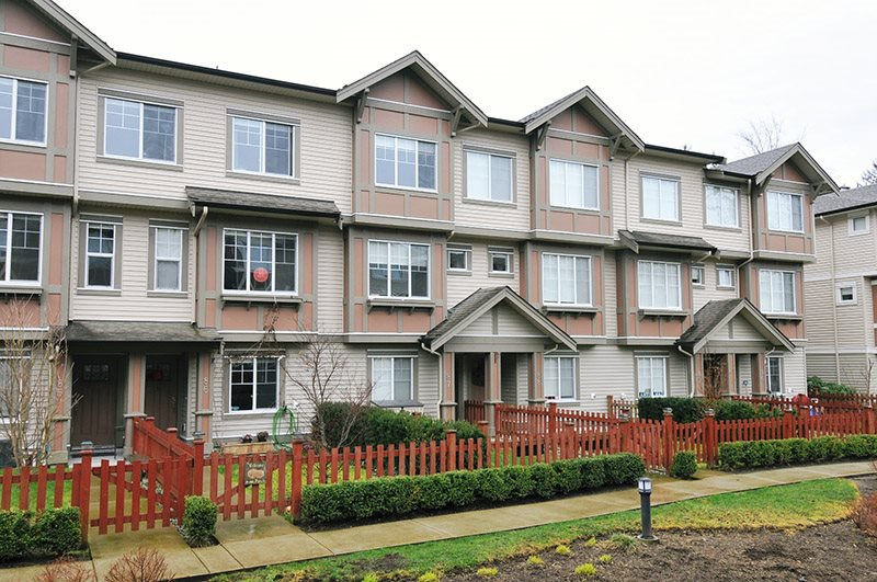 """Main Photo: 87 10151 240 Street in Maple Ridge: Albion Townhouse for sale in """"ALBION STATION"""" : MLS®# R2442922"""