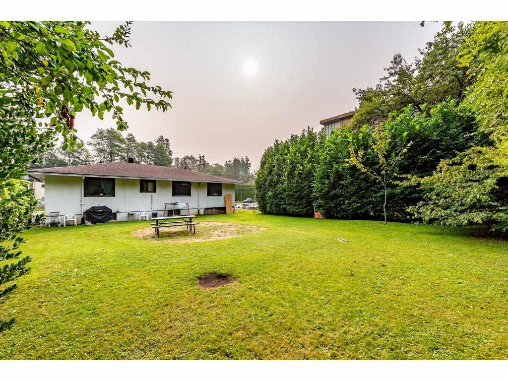 Photo 1: Photos: 2145 MCKENZIE Road in Abbotsford: Central Abbotsford House for sale : MLS®# R2498270
