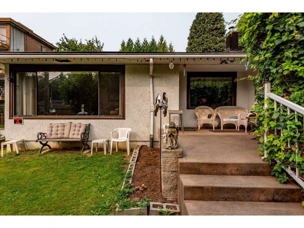 Photo 5: Photos: 2145 MCKENZIE Road in Abbotsford: Central Abbotsford House for sale : MLS®# R2498270