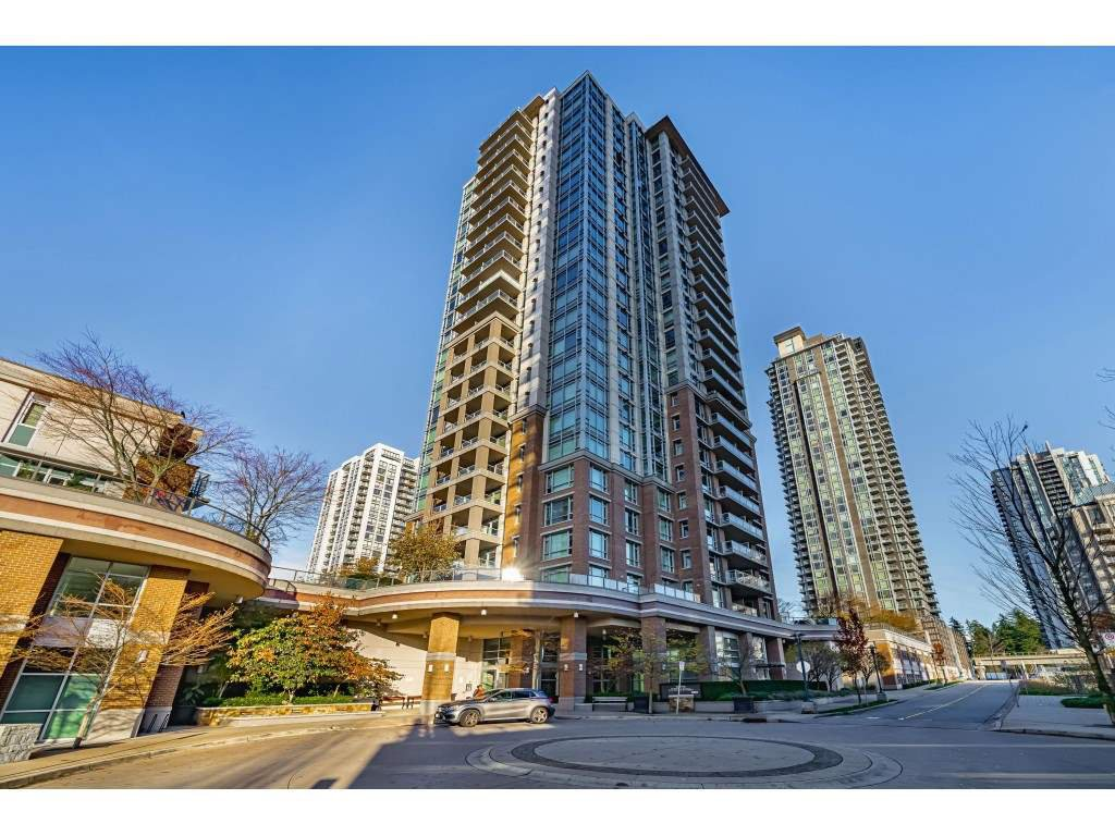 "Main Photo: 602 1155 THE HIGH Street in Coquitlam: North Coquitlam Condo for sale in ""M One"" : MLS®# R2520954"