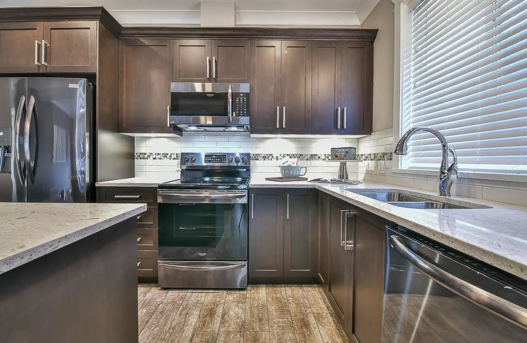 """Main Photo: 40 6211 CHILLIWACK RIVER Road in Chilliwack: Sardis East Vedder Rd House for sale in """"MALLOWAY VILLAGE"""" (Sardis)  : MLS®# R2525400"""