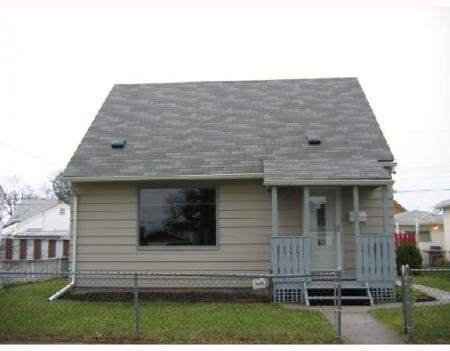 Main Photo: 1133 REDWOOD AVE.: Residential for sale (North End)  : MLS®# 2718688