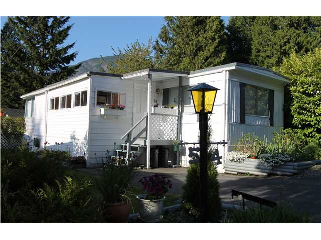 "Main Photo: 54 3295 SUNNYSIDE Road: Anmore Manufactured Home for sale in ""COUNTRYSIDE VILLAGE"" (Port Moody)  : MLS®# V999785"