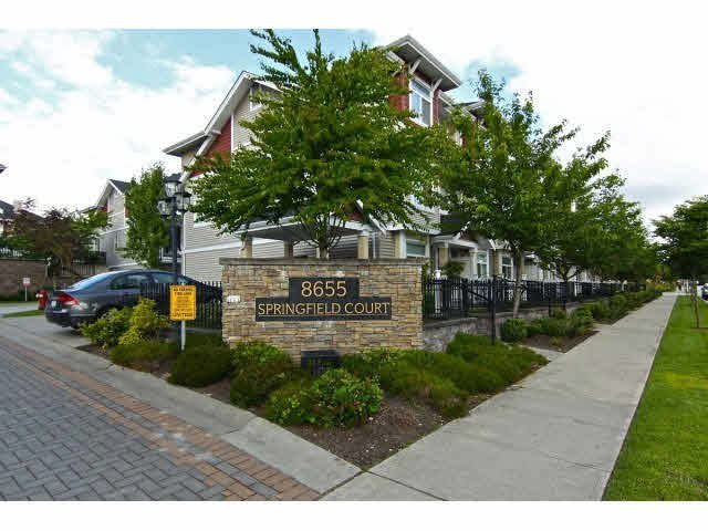 Main Photo: #19 8655 159 ST in Surrey: Fleetwood Tynehead Townhouse for sale : MLS®# F1430628