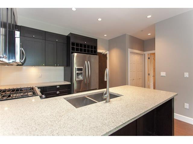 Photo 10: Photos: 207 15195 36 Avenue in Surrey: Morgan Creek Condo for sale (South Surrey White Rock)  : MLS®# R2292304