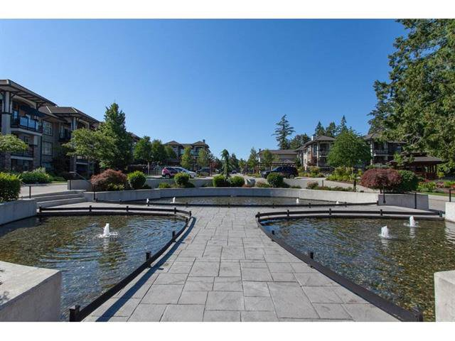 Photo 17: Photos: 207 15195 36 Avenue in Surrey: Morgan Creek Condo for sale (South Surrey White Rock)  : MLS®# R2292304