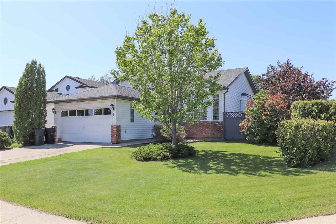 Main Photo: 1 GRASSVIEW Close: Spruce Grove House for sale : MLS®# E4203099