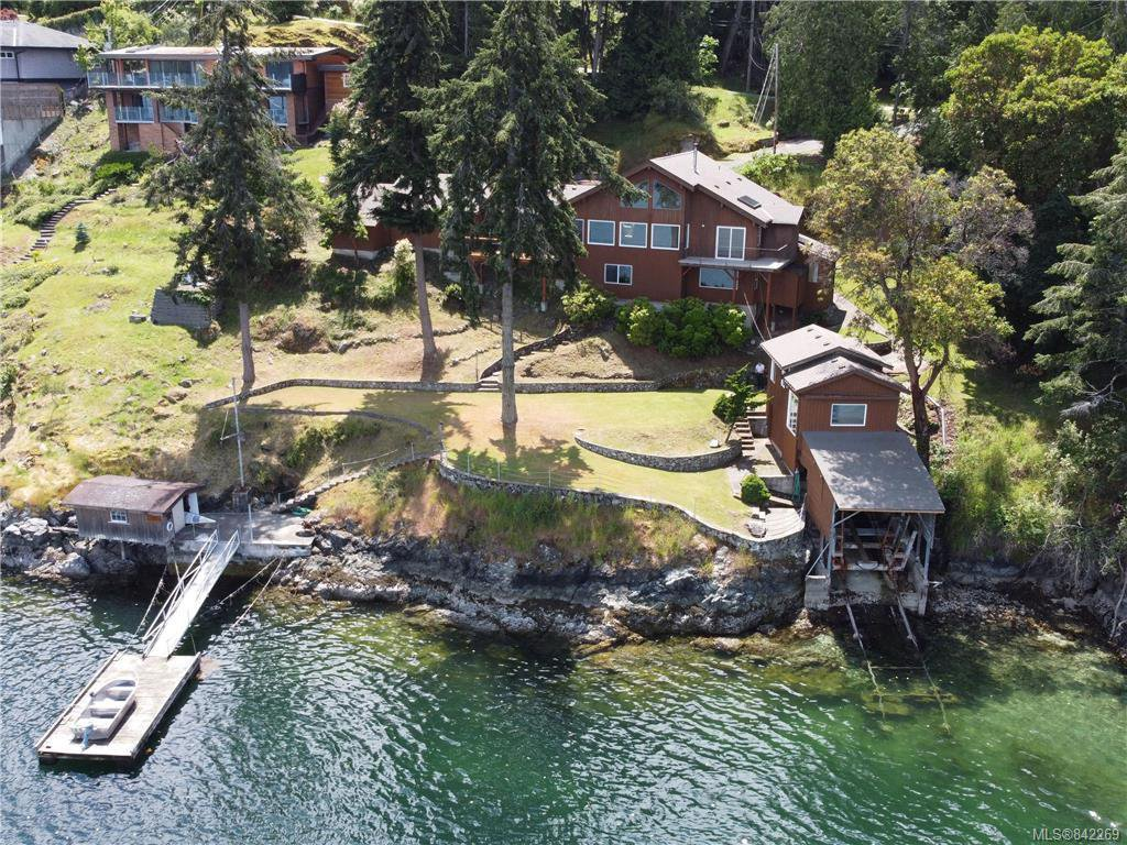 Main Photo: 7290 Mark Lane in Central Saanich: CS Willis Point Single Family Detached for sale : MLS®# 842269