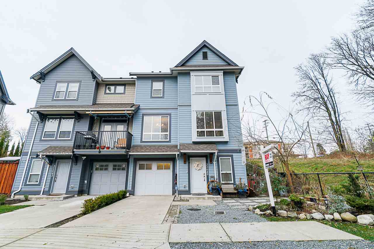 Main Photo: 32649 PRESTON Boulevard in Mission: Mission BC House for sale : MLS®# R2524328