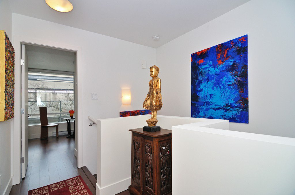 """Photo 21: Photos: 2370 PINE Street in Vancouver: Fairview VW Townhouse for sale in """"CAMERA"""" (Vancouver West)  : MLS®# V1018860"""