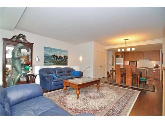 """Photo 41: Photos: 2370 PINE Street in Vancouver: Fairview VW Townhouse for sale in """"CAMERA"""" (Vancouver West)  : MLS®# V1018860"""