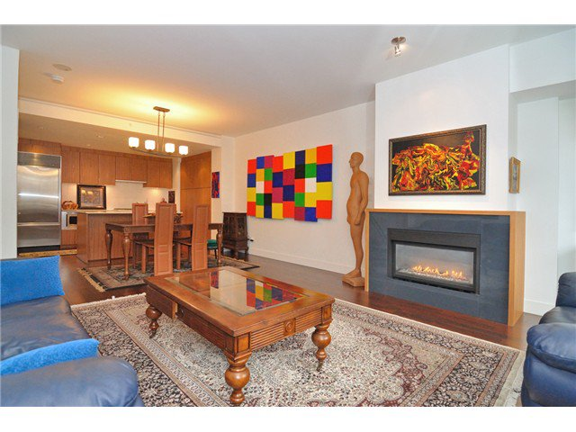 """Photo 42: Photos: 2370 PINE Street in Vancouver: Fairview VW Townhouse for sale in """"CAMERA"""" (Vancouver West)  : MLS®# V1018860"""