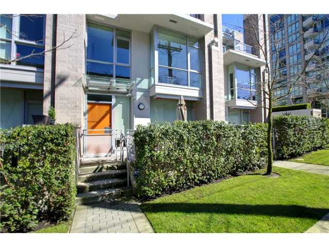 """Photo 55: Photos: 2370 PINE Street in Vancouver: Fairview VW Townhouse for sale in """"CAMERA"""" (Vancouver West)  : MLS®# V1018860"""