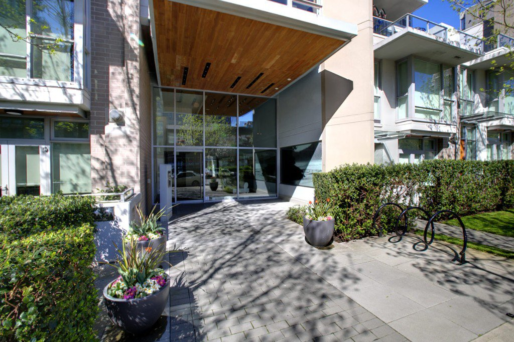 """Photo 34: Photos: 2370 PINE Street in Vancouver: Fairview VW Townhouse for sale in """"CAMERA"""" (Vancouver West)  : MLS®# V1018860"""