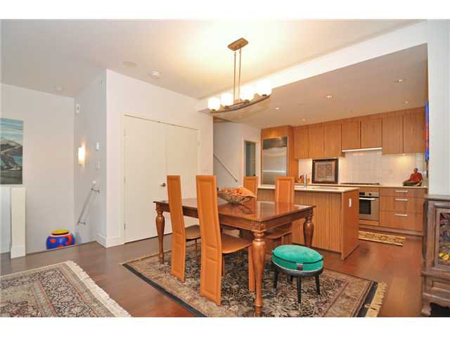 """Photo 43: Photos: 2370 PINE Street in Vancouver: Fairview VW Townhouse for sale in """"CAMERA"""" (Vancouver West)  : MLS®# V1018860"""