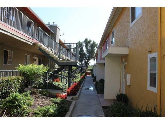 Main Photo: SAN DIEGO Condo for sale : 2 bedrooms : 4777 Seminole Drive #119