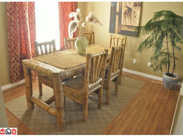 Photo 3: Photos: 55 16995 64th Avenue in : cloverdale Townhouse for sale (Cloverdale)  : MLS®# F1122462