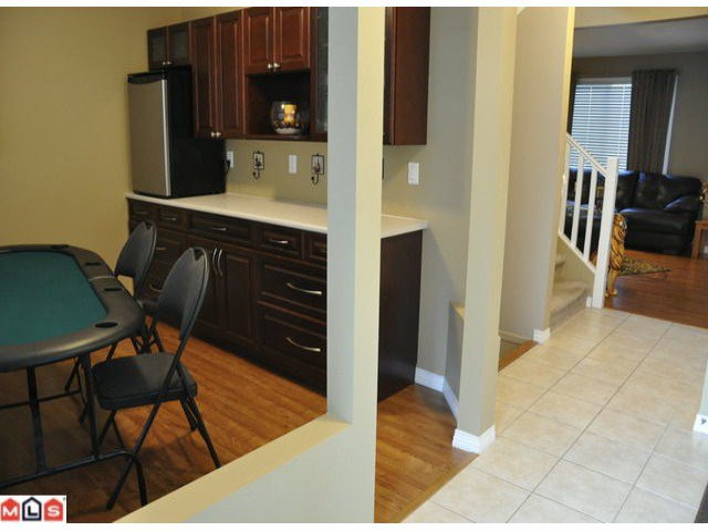 Photo 7: Photos: 55 16995 64th Avenue in : cloverdale Townhouse for sale (Cloverdale)  : MLS®# F1122462