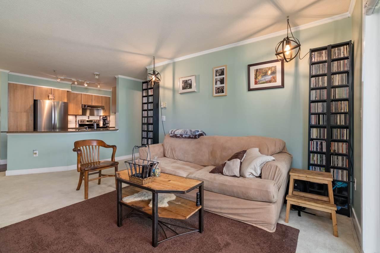 Photo 5: Photos: 306 12020 207A Street in Maple Ridge: Northwest Maple Ridge Condo for sale : MLS®# R2518444