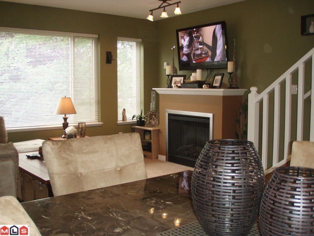 """Photo 3: Photos: # 8 5388 201A ST in Langley: Langley City Townhouse for sale in """"THE COURTYARD"""" : MLS®# F1301827"""