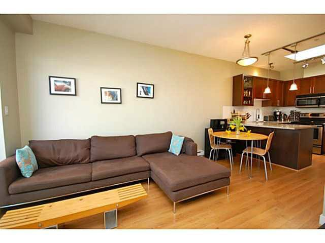 "Main Photo: PH7 688 E 17TH Avenue in Vancouver: Fraser VE Condo for sale in ""MONDELLA"" (Vancouver East)  : MLS®# V1077525"