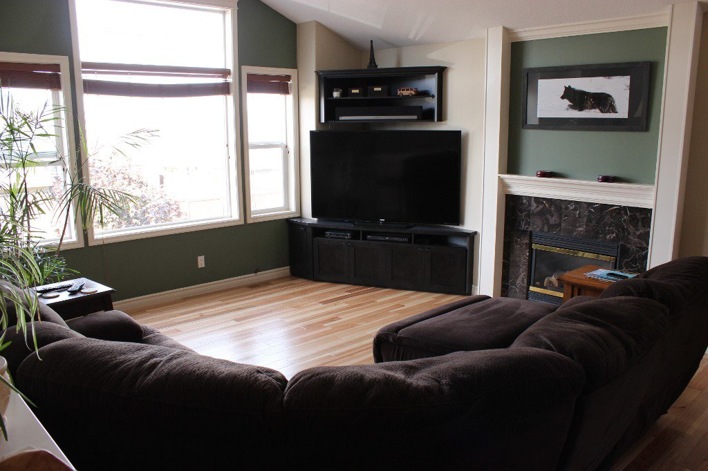 Photo 3: Photos: 2576 Willowbrae Court in Kamloops: Aberdeen House for sale : MLS®# 124898