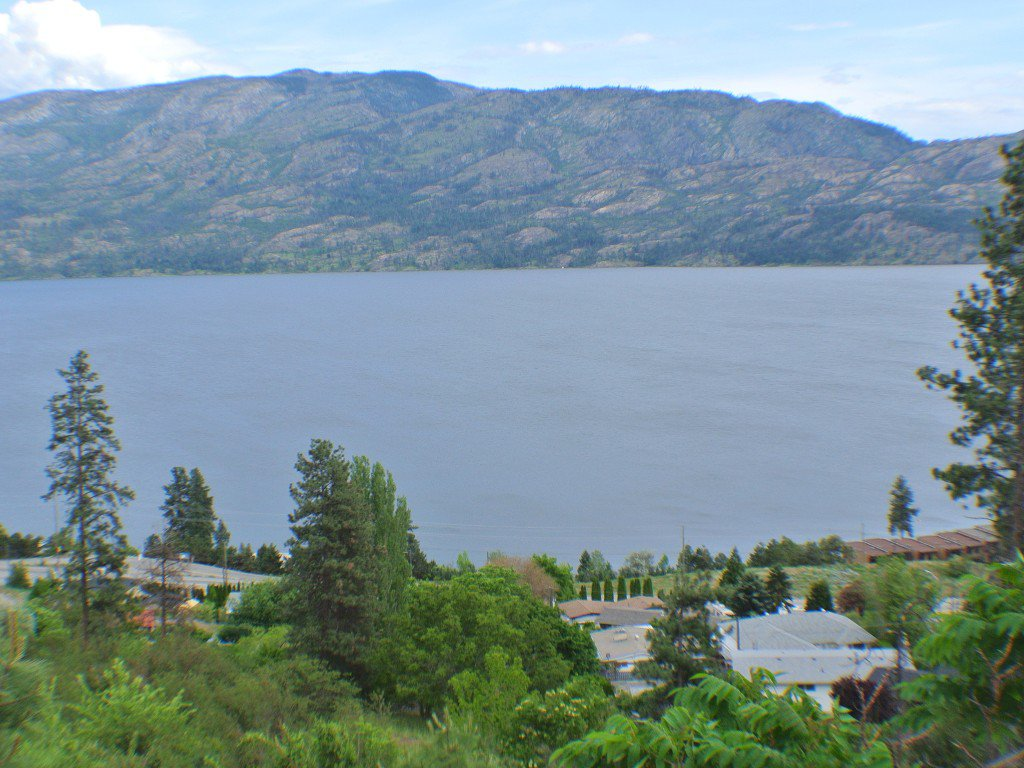Main Photo: 5165 MacNeil Court: Peachland Vacant Land for sale (Central Okanagan)  : MLS®# 10111609