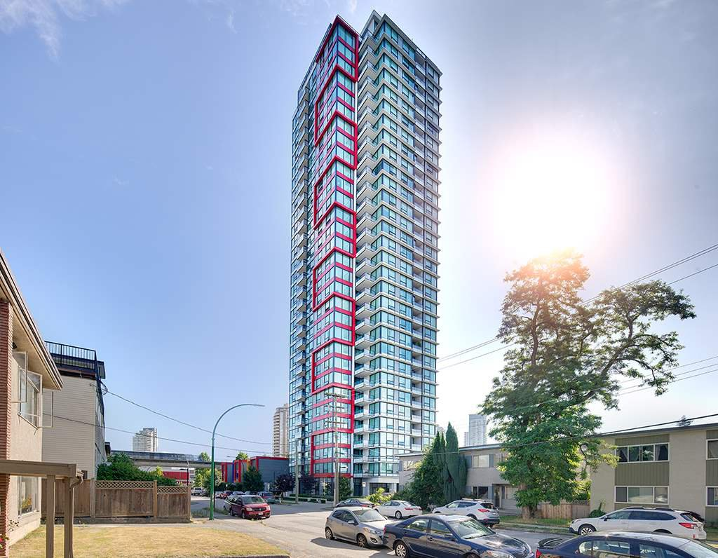 Main Photo: 3209 6658 DOW AVENUE in Burnaby: Metrotown Condo for sale (Burnaby South)  : MLS®# R2343741