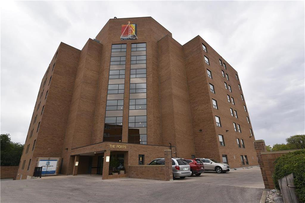 Main Photo: 503 1660 Pembina Highway in Winnipeg: Fort Garry Condominium for sale (1J)  : MLS®# 202022408