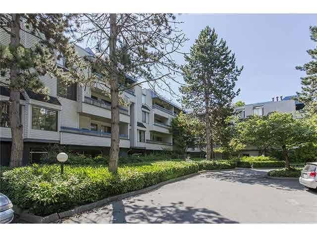 Main Photo: 106 5800 COONEY Road in Richmond: Brighouse Condo for sale : MLS®# V1076643