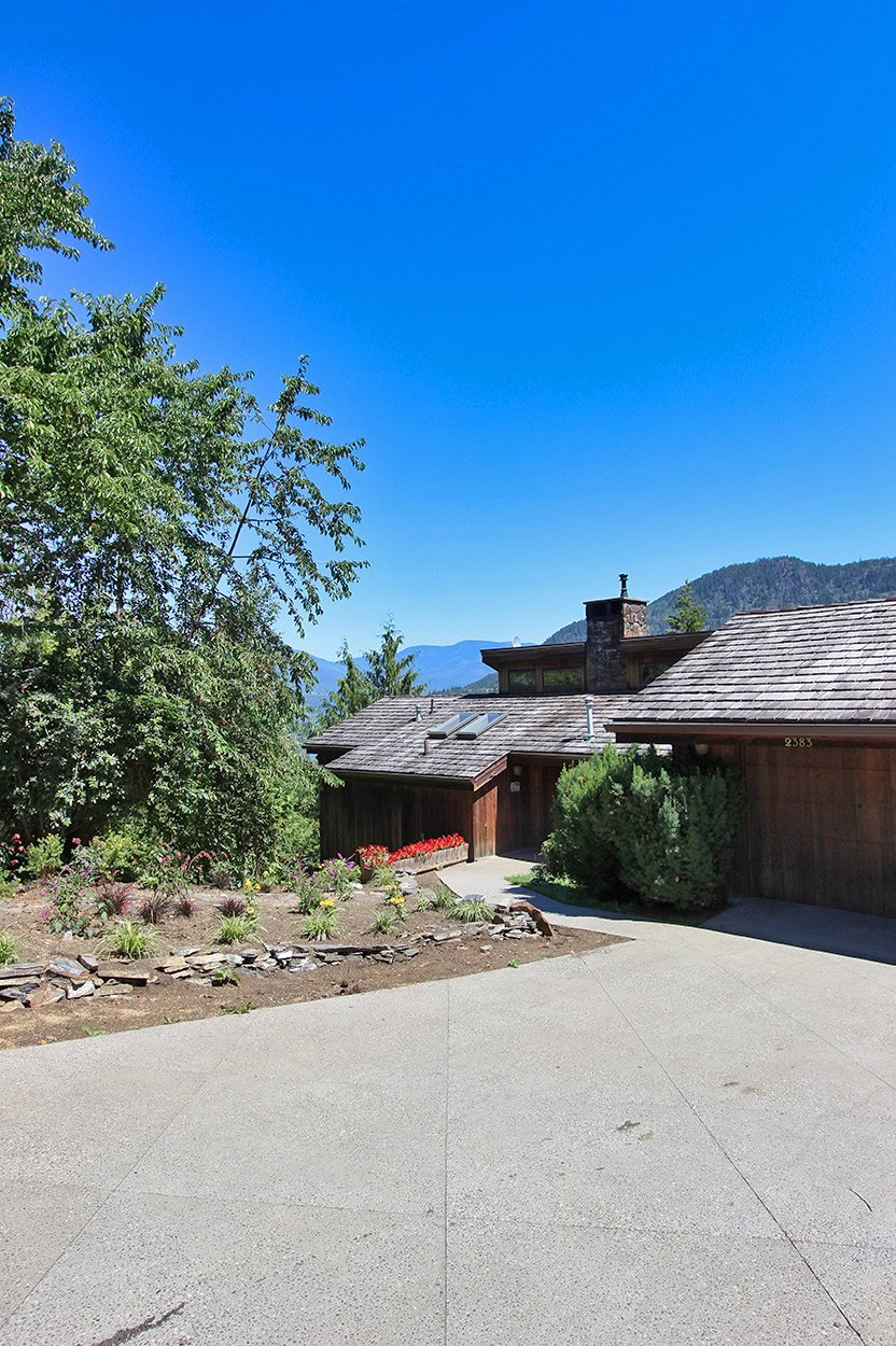 Photo 8: Photos: 2383 Mt. Tuam Crescent in : Blind Bay House for sale (South Shuswap)  : MLS®# 10164587