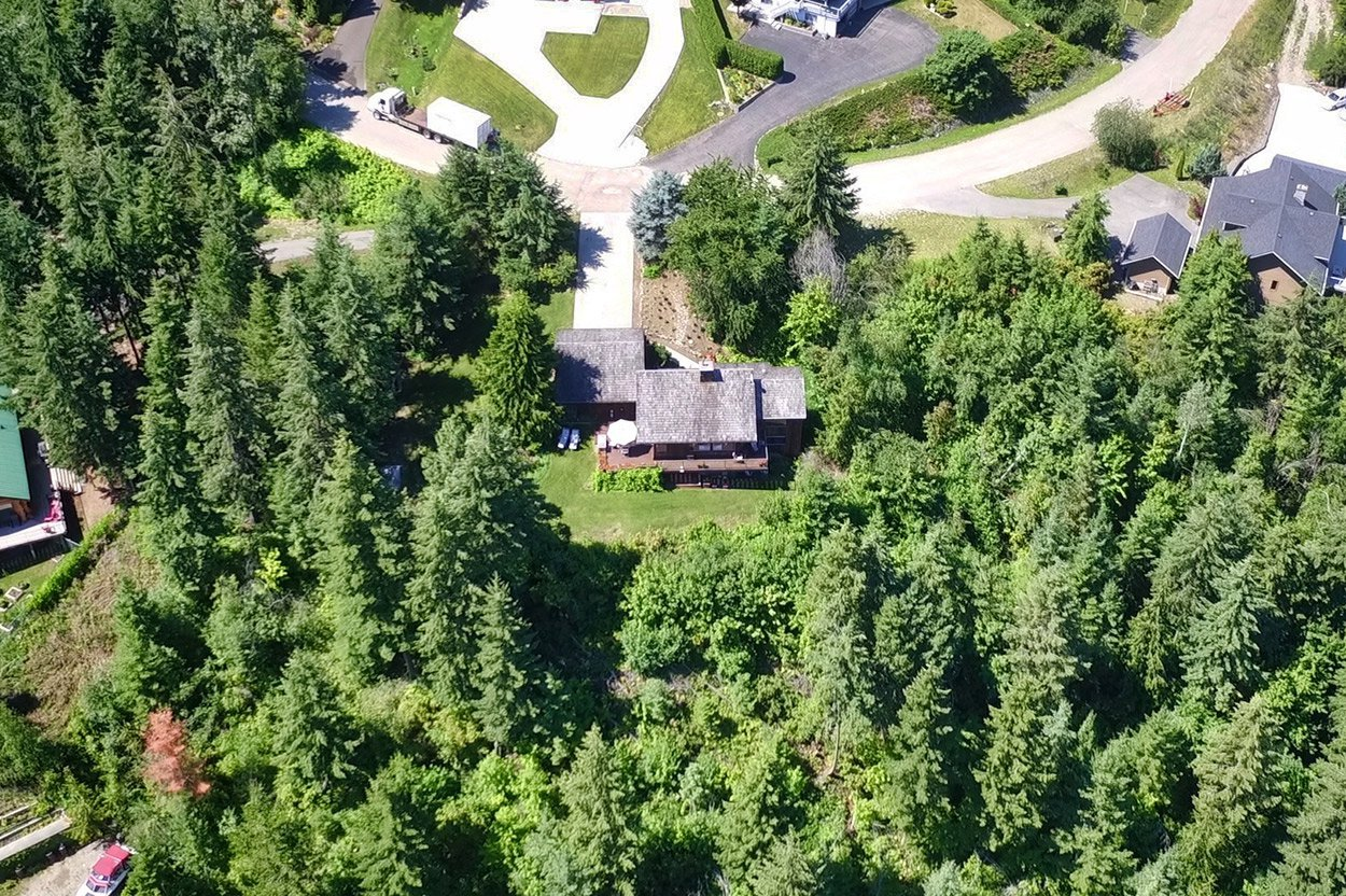 Photo 1: Photos: 2383 Mt. Tuam Crescent in : Blind Bay House for sale (South Shuswap)  : MLS®# 10164587