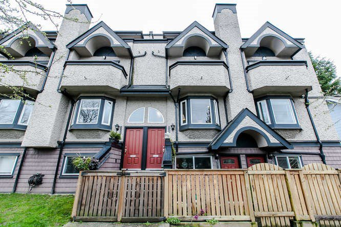 Main Photo: 2308 VINE STREET in Vancouver: Kitsilano Townhouse  (Vancouver West)  : MLS®# R2039868